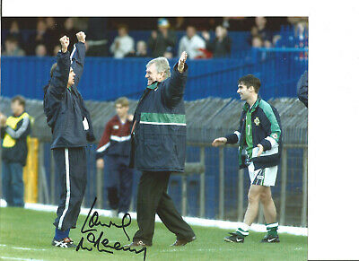 Football Autograph Lawrie McMenemy Northern Ireland Signed 10x8 in Photo JM291
