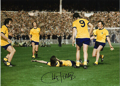 Charlie George Arsenal 16 x 12 inch hand signed authentic football photo S0016