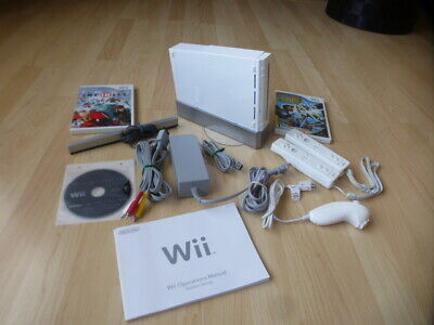 NINTENDO Wii CONSOLE SYSTEM COMPLETE 2 CONTROLLERS 3 GAMES L@@K