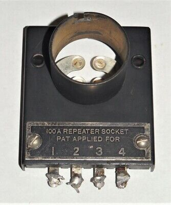 (1) Vintage Western Electric type 100A  tube socket