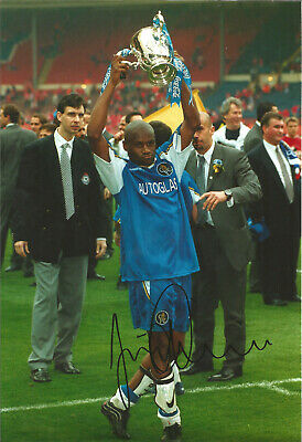 Frank Sinclair Chelsea 12 x 8 inch hand signed authentic football photo SS068D