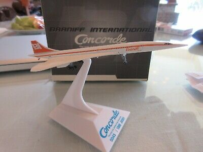 Braniff International Airlines Concorde 1:400 Scale 0043/1000 JX091 Dragon Wings