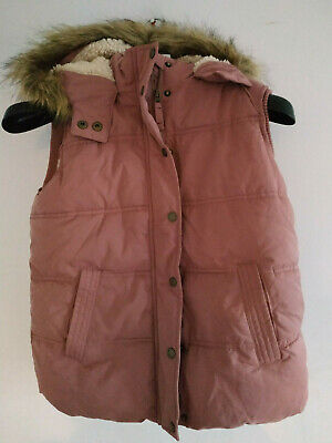 SJC319) Girls gilet Fat Face ages 12-13 years w faux fur trimmed hood dusky pink