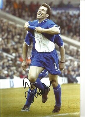 Gianfranco Zola Chelsea 12 x 8 inch hand signed authentic football photo SS074G