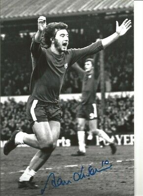 Alan Hudson Chelsea 12 x 8 inch hand signed authentic football photo SS080C
