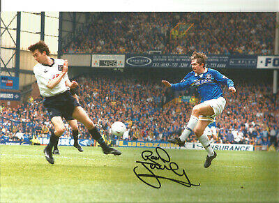 Gareth Farrelley Everton 12x8 inch hand signed authentic football photo SS117C