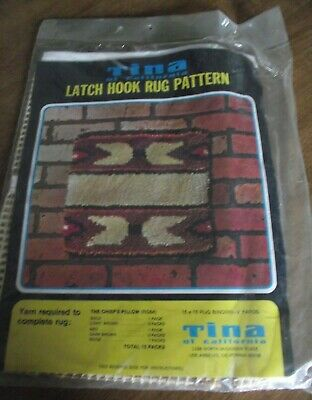 Vintage Tina of California Latch Hook Rug Pattern  The Chiefs Pillow RG84