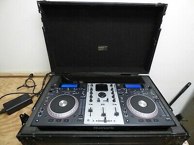 Numark Mixdeck Digital DJ Controller/Mixer W/Odyssey Flight Case   PLEASE READ