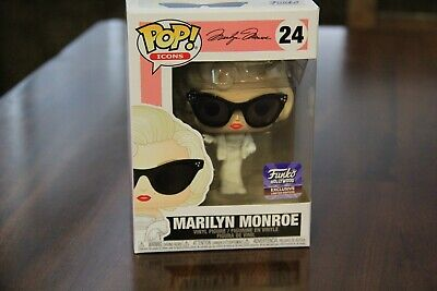 Funko Pop! Marilyn Monroe *Funko Hollywood Grand Opening Exclusive* + Protector