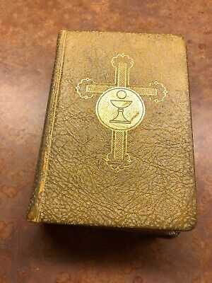 The Catholic Press Missal Vintage Antique 1955 Gold Daily Illustrated Color