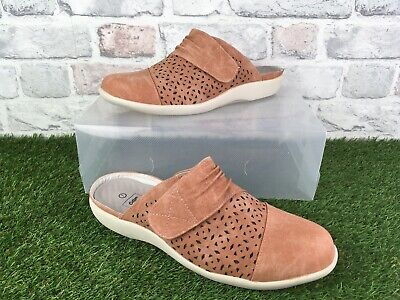 Ladies Cotton Traders slip On Shoes Suede Leather In Salmon Size 7