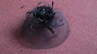 Fascinator with comb - Navy - Flower/Feather Design - in Original Packaging