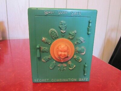 """RARE GREEN 1950's VINTAGE HOWDY DOODY TOY """"SECRET COMBINATION SAFE"""""""