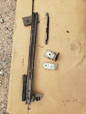 1968 1969 Lincoln Continental Driver front Window Track And Hardware 68 69