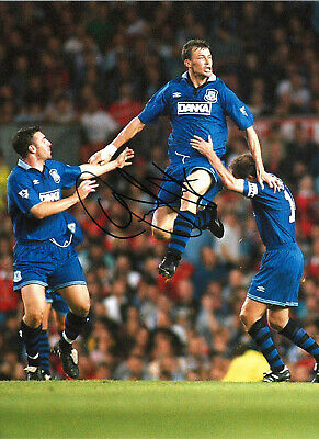 Duncan Ferguson Everton 16 x 12 inch hand signed authentic football photo SS174F