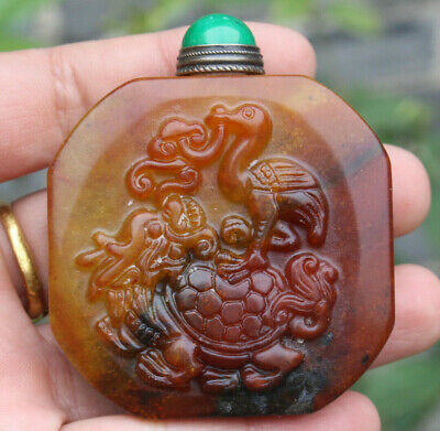 Chinese master hand-carved turtle crane old snuff bottle k340