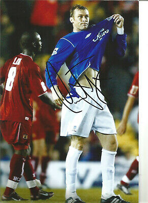 Duncan Ferguson Everton 12 x 8 inch hand signed authentic football photo SS175B