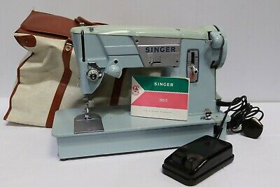 Vintage 357K Electric SINGER Sewing Machine w/ Soft Case - 250