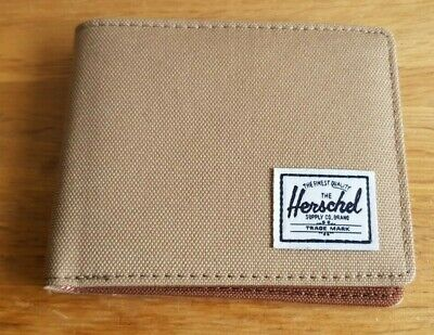 NEW WITHOUT TAGS Men's Wallet By Herschel sand colour