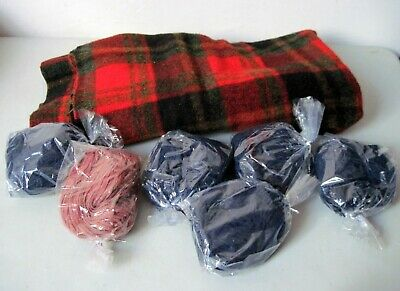 Over 2 lbs pounds vintage wool pieces and strips Rug hooking braiding