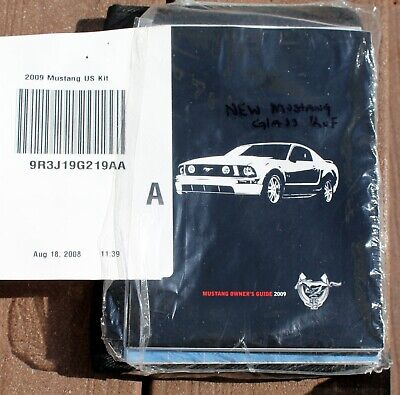 2009 Ford MUSTANG Factory Owners Operators Manual W/Case