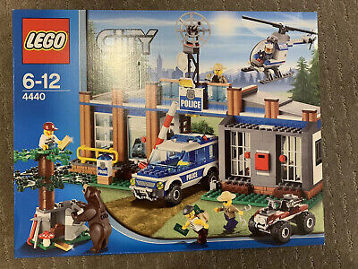 LEGO (City)  Forest Police Station (#4440) New in Sealed Box
