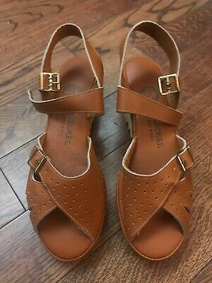 VIntage DS 70s 80s Cherokee Leather Wedge Shoes - 8
