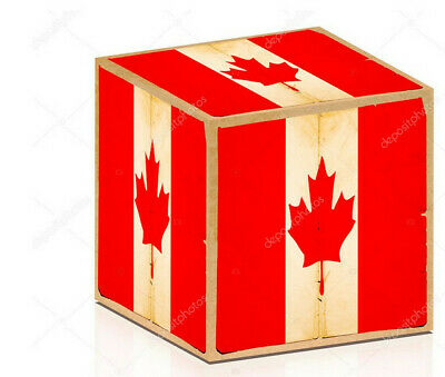 100% CANADIAN FOOD AND Souvenirs BOX