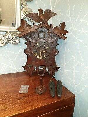 Large Antique Black Forest Cuckoo clock SPARES OR REPAIR  (Ref A21)