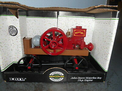 1991 Ertl John Deere Waterloo Boy 2 H.P. Die Cast Hit Miss Toy Engine 1/8 Scale