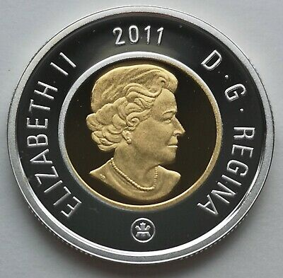 ** Canada  Toonie  2011  ** Proof  Sterling  Silver  With  24Kt  Gold  Plated **