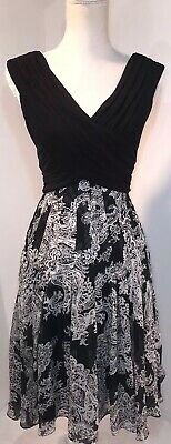 Adrianna Papell Dress Women's Size 4 Black & White Paisley Fit Flare Sleeveless