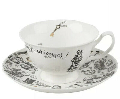 V&A `Alice in Wonderland` Cup and Saucer by Creative Tops, 210 ml (7 fl oz)