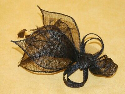 Elegant Navy Blue Sinamay Petal Shapes & Feather Fascinator on Comb. BNWT.