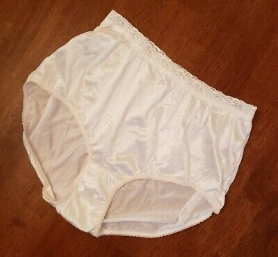 Vtg Hanes Her Way Semi Sheer White Captiva Nylon Briefs Granny Panties Sz 8