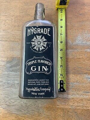 Vintage Hygrade Wine Co. Gin Bottle With Original Label!! Very Old Nice 1906???