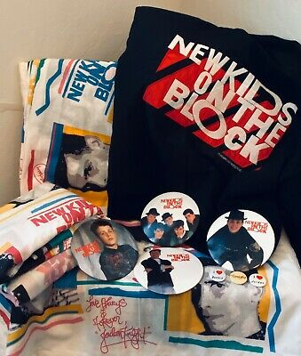 New Kids On The Block Winter Jacket 89-90 World Tour Size L, Sheets, Pins. Lot