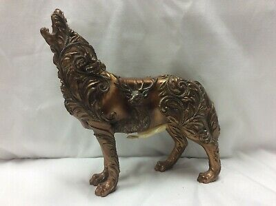 Call of the Wolf Golden Wolf 2006 #14126 Westland Giftware Figurine retired 2008