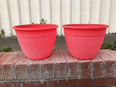 "2 x 11/"" Bell Quilt Planter Pot Plastic Flower Herb Garden Home Decor Grey//White"