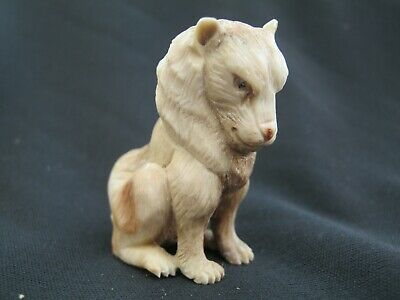 Beautiful Finely Hand Carved Dieppe Style Statue Of A Regal Lion In Stag Antler