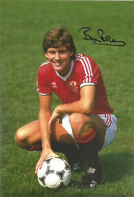 Bryan Robson Manchester United signed authentic 12x8 football photograph SS534B