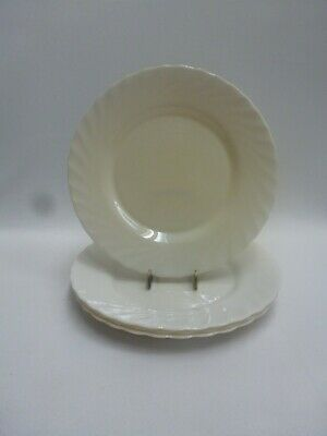"""Arcopal France Ivory Trianon 9-1/2""""  Scalloped White Dinner Plate Set of 4"""