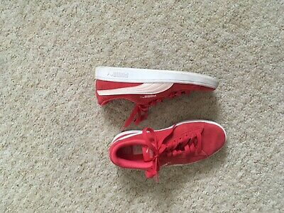Girls Women's Puma Suede Red Trainers size 3 in very good condition