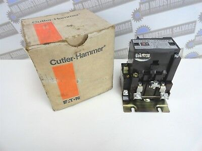 CUTLER HAMMER Lighting Contactor C30CN3A 30 Amp 3 Pole 120v Coil - (NEW in BOX)
