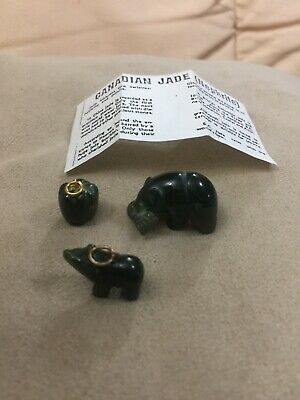 Rare Top Quality Canadian Nephrite Jade 2 X Carved Bear, 1 With Fish & Apple