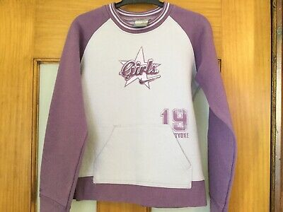 Girls Nike Lilac Sweater Loads Of Detail Aged 7-8 Years