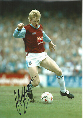 Frank McAvennie West Ham signed 12x8 inch authentic football photograph SS658