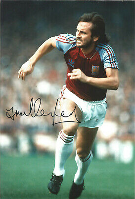 Frank Lampard senior West Ham signed 12x8 authentic football photograph SS676D
