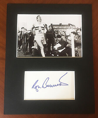 ROGER BANNISTER HAND SIGNED Autograph Mounted With Photo FIRST SUB 4 MINUTE MILE