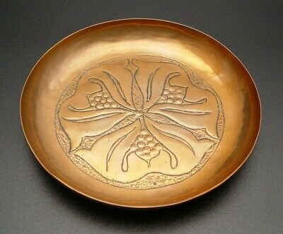 ARTS & CRAFTS KESWICK SCHOOL of INDUSTRIAL ARTS (K.S.I.A) COPPER DISH - PERFECT